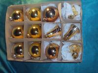 Konvolut 12 alte Christbaumkugeln Weihnachtskugeln Glocken Glas gold Vintage