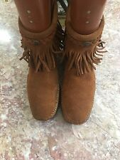 Minnetonka Moccasin Brown ankle boot Back Zip Woman's size 7
