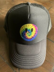 """NWT Urban Outfitters UO Smile Icon Trucker SnapBack Black Cap Hat """"Sold Out"""" $30"""