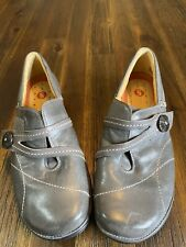 Clarks Unstructured Womens Size 7B Grey Leather Slip On Comfort Shoes Flat