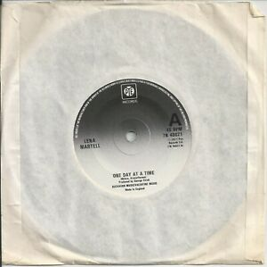 """Lena Martell - One Day At A Time 7"""" Vinyl Single 1977"""