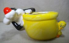 Sylvester & Tweety Bird flower pot - Warren Bros. disney