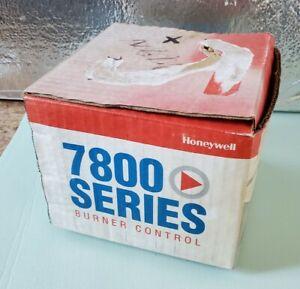HONEYWELL 7800 SERIES BURNER CONTROL RM7897 C 1000  ** NEW OPEN BOX**