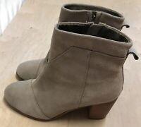 Tom's Lunata Ankle Suede Booties Beige Women's 10 M Block Heel Excellent