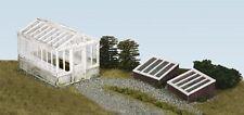 Wills SS20 - Greenhouse & Cold Frames - 00 Gauge Plastic Kit - 1st Class Post