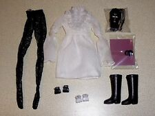 Dynamite girls Spooky Sooki The Return - partial outfit only & bonus - mint.