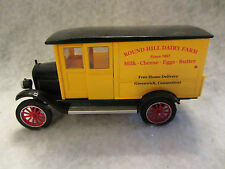 National Museum Mint 1924 Chevy Series H 1 Ton  Black / Yellow 1:32 scale  w-01