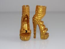 MATTEL MONSTER HIGH DOLL 1 PAIR OF GOLD HEELS STYLE SHOES FASHION -NEW
