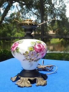 Vintage Hand Painted Roses Early American L.G. Wright GTW Base Lamp