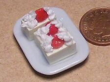 1:12 Scale 3 Fruit Slices On A Ceramic Plate Doll House Miniature Accessory PL58