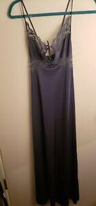 Vtg Maidenform Dreamwear Womens Long Satin Small Circle Nightgown sz P  X6
