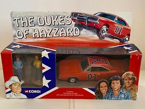 Collectible CORGI CC05301 Dukes Of Hazzard General Lee Dodge Charger & Figures