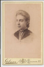 Antique Victorian Young Woman Gilman Studio New York Cabinet Card Photo 1892 w3
