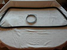 FORD ESCORT MK1 FRONT SCREEN RUBBER SEAL.
