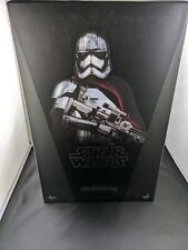New CAPTAIN PHASMA Hot Toys MMS 328 STAR WARS Force Awakens 1/6 Scale Figure