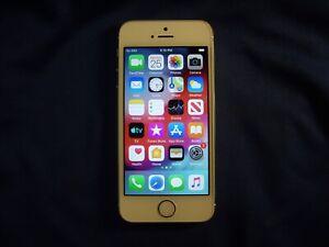 Silver Apple iPhone 5s GSM Unlocked 16GB model A1533                         p2y