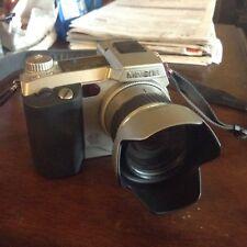 Minolta Dimage 7, 5.2 MP Digital Camera w/ 7x Optical Zoom - Silver