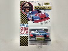 Road Champs Richard Petty #43 STP Pontiac Grand Prix 1:64 Scale Diecast mb218