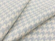 Holland & Sherry Wool Fabric - Westminster Houndstooth / Logan 3.35 yd DE12238