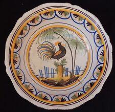 """""""D63"""" : Grand plat creux ancien (décor au coq) NEVERS (30 cm) 19è"""