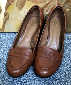 NEARLY NEW CLARKS BABBLE BASIL CRIMSON BROWN LEATHER COURT SHOES UK 6 E WIDE FIT