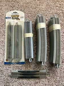 BACHMANN-HO-GREY EZ TRACK-STRAIGHT/CURVED/RERAILER TRACK-Lot of 33-USED