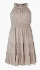 Womens Torrid Taupe Textured Tiered Skater Dress 00 10 NWT