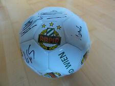 SK Rapid Wien Fußball mit original Spieler Unterschriften - NEU Rarität