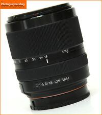 Sony 18-135mm F3.5-5.6 Dt Sam Lente Zoom de enfoque automático + GRATIS UK FRANQUEO