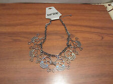 SKULL CROSSBONE CHOKER NECKLACE FROM HOT TOPIC NEW WITH TAG