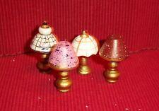 4 bonitas decodificar - lámparas de mesa para Casa muñecas - Miniatura 1:12 -