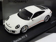 1:43 Minichamps Porsche 911-R (991) 2016 White w/ Red Writing 410066221 336 pcs
