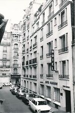 PARIS c. 1960 - Voitures Rue de la Félicité  Hôtel Glasgow  Paris - Div 6391