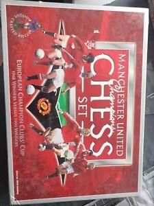 Manchester United Champions 1968 v 1999 Chess Set Football Game Memorabilia