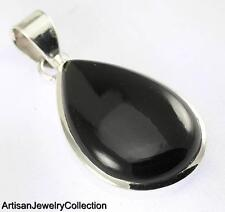 Silver Artisan Jewelry Collection R747A Black Onyx Pendant 925 Sterling