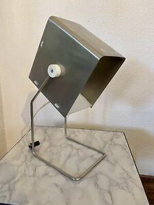 Ancienne Lampe À Poser Design Année 60  Métal Plié Moderniste / Vintage Cubique