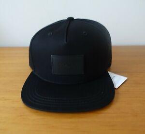 COACH MEN # F33774 FLAT BRIM HAT IN BLACK. NWT