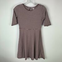 Old Navy Girls Dress Size XL (14) Striped Maroon Short Sleeve Skater
