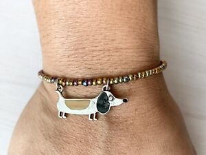 """Dachshund Wiener Dog Charm Bracelet with Glass Seed Beads Toggle Clasp 6"""" Un"""