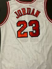 "Michael Jordan Signed Autographed Chicago Bulls ""White"" Jersey"