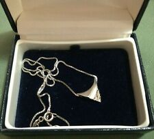 925 STERLING SILVER VINTAGE NECKLACE WITH UNUSUAL DESIGN PENDANT