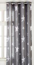 Rideaux gris en tissu pour la maison