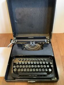 Vintage Corona Standard Black Manual Portable Typewriter with Case