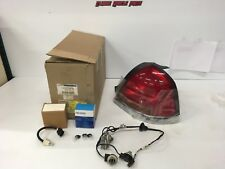 99 00 01 02 03 04 05 06 Crown Victoria Police Package Right Tail Light