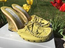 IRREGULAR CHOICE Holland Tulip Heel Moccasin Clogs High Heels Womens Shoes Sz 10