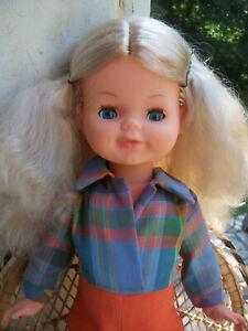 Belle poupée ancienne Bella, vêtement, chaussures d'origine !