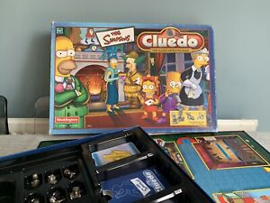 Cluedo The Simpsons  Board Game Parker 2001 Pewter Figures Weapons GC complete