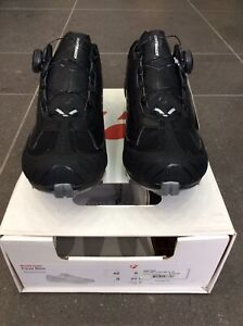 Bontrager Foray MTB/Cyclocross Cycling Shoes, Size 8 In Black
