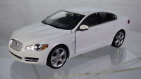 Welly Original Jaguar XF 1:24 Metal Plastic Model White Toy Collectable Car