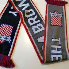 écharpe Thom Browne  Colette  MAURIZIO CATTELAN Scarf Football Match Design